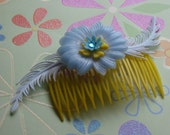 Feathery Flowers Hair Comb