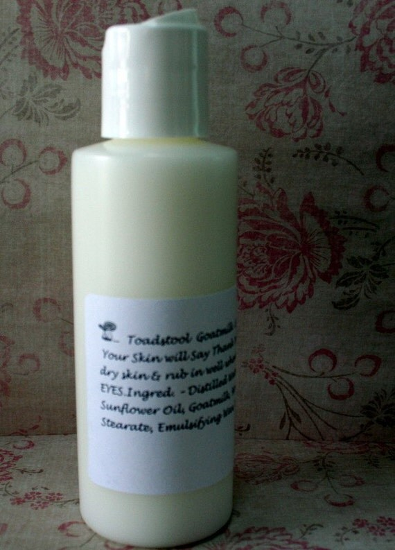 Santas Pipe Body Lotion Light and Creamy with Goatmilk  by Toadstool Soaps