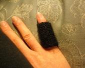 Midnight the Finger Cozy