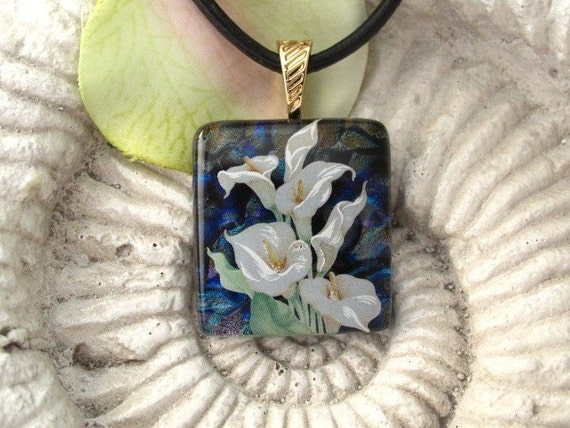 Dichroic Fused Glass Jewelry, Fused Glass, Calla Lily Fused Dichroic Glass Pendant & Necklace 030511p106