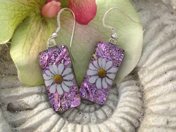 Dichroic Earrings - Pink - Daisy - Dichroic Fused Glass Jewelry - Dichroic Glass -  Fused Glass Earrings 060212e100