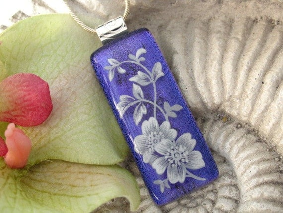 Stunning  Purple Floral - Fused Glass Pendant - Dichroic  Fused Glass Jewelry - Dichroic Pendant - Necklace 060312p110