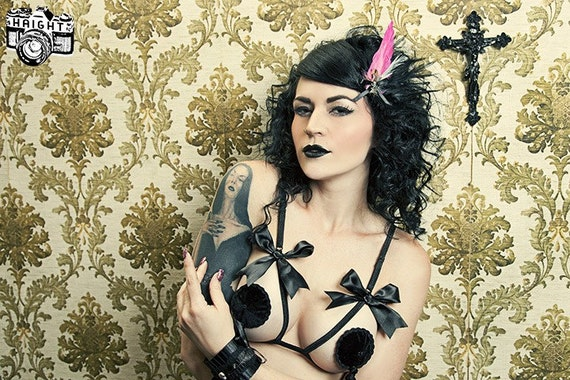 Velvet Noir Burlesque Pasties  Easy Twirling