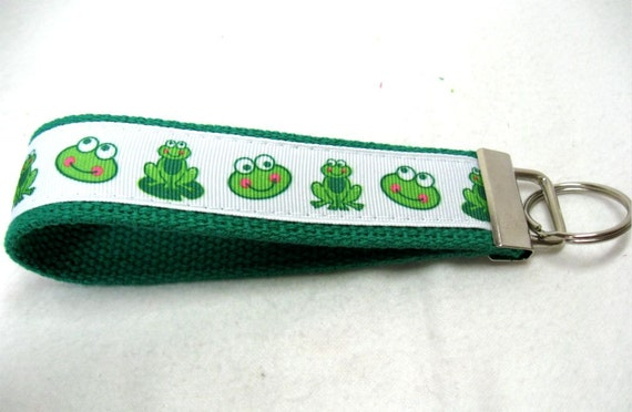 Frogs Key Fob - Kelly Green Key Chain - Frog Keychain Wristlet - Last One