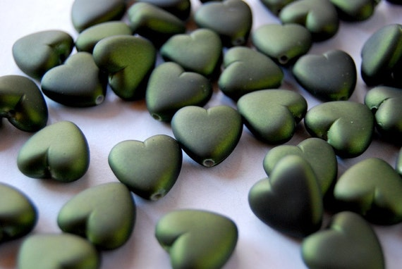 14 Beautiful Large Olive Green Heart Beads