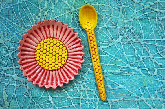 Flower Dish and Honeycomb Spoon - pottery serving set in salmon pink, red and yellow
