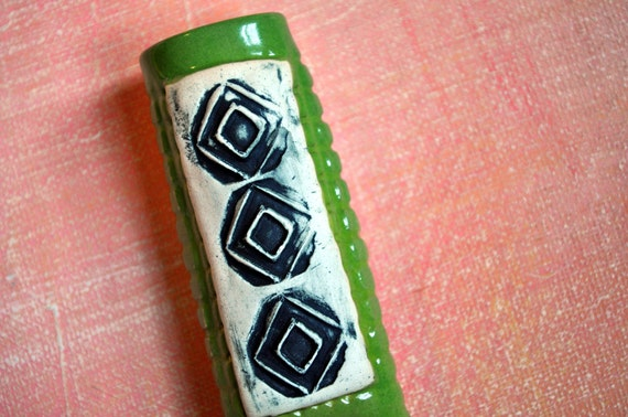 Magnetic Pottery Bud Vase and Pen Holder -moss green with black and white diamonds
