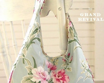easy purse pattern for beginners Darling Reversible Shabby Chic Flea Market Tote Bag Purse Pattern Tanya Whelan Grand Revival
