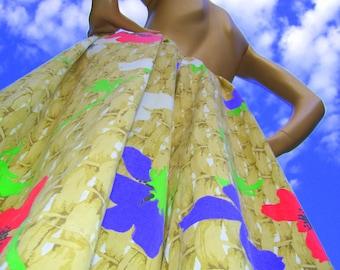 Wide Leg Bloomer Pants Pillow Talk Pants 80s Vintage Upcycled fabric Spring Basket Poppy Capri Pants Adult Free Size M-Plus
