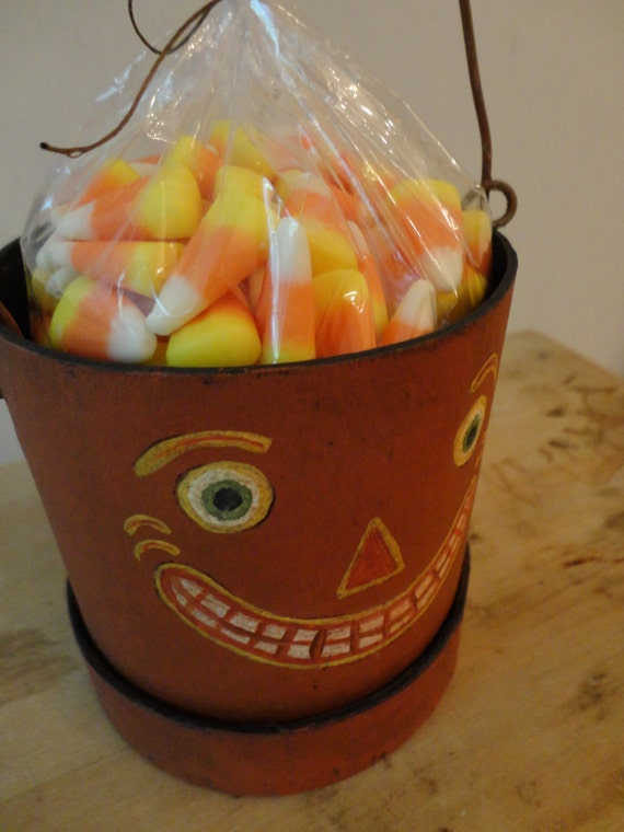 Halloween Pail or Candy Container Pattern