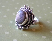 Price Reduced -- Vintage sterling silver and labradorite ring. Size 6.5.