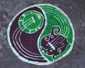 Batik Mandolin Banjo Yin Yang T Shirt- Size L