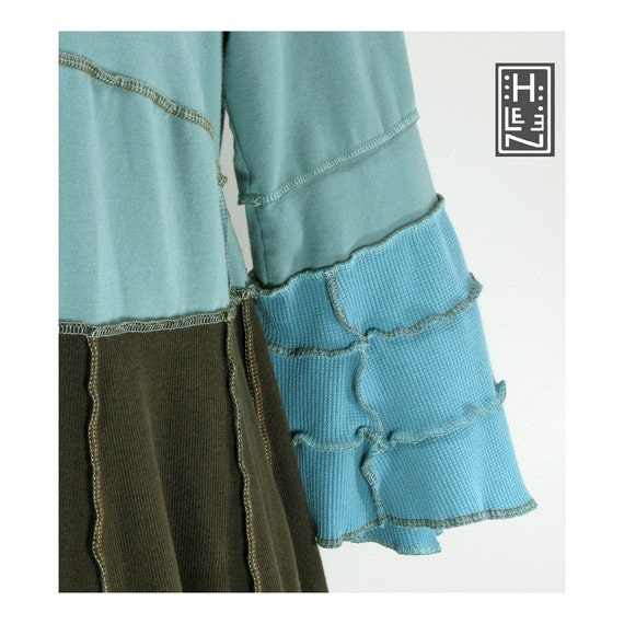 birdnest tunic with matching arm cuffs (brown and soft blue, reconstructed, L\/XL)