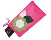 Vinyl Rosey Posy Pouch - Pink
