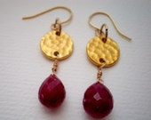 Ruby and round gold hammered link earrings