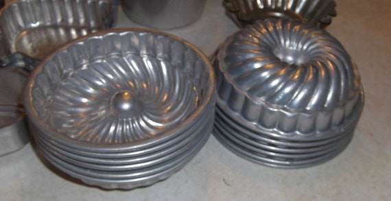 vintage metal  Jello / cooking molds set of 12