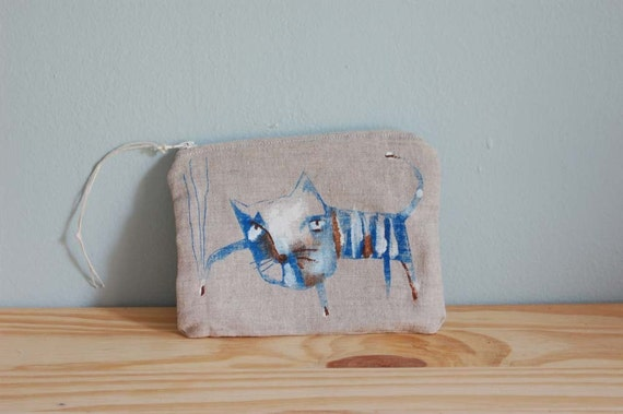 scratchy cat pouch no. 3