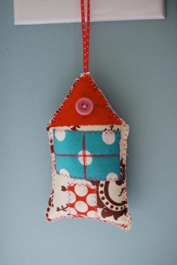 Love Shack-Little House Door Hanger-C-U-T-E