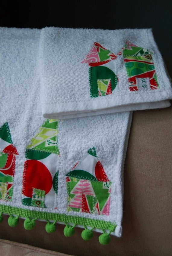 Houses in a Row-Hand Towel and Washcloth Set-Christmas Edition--CUTE