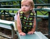 XL Toddler Bib - Turtles