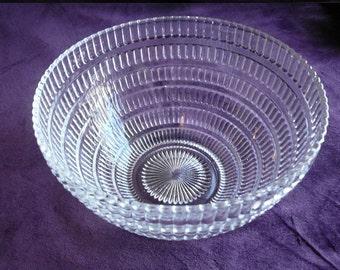 Vintage beehive depression glass bowl