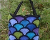Felted Stained Glass Tote crochet pattern
