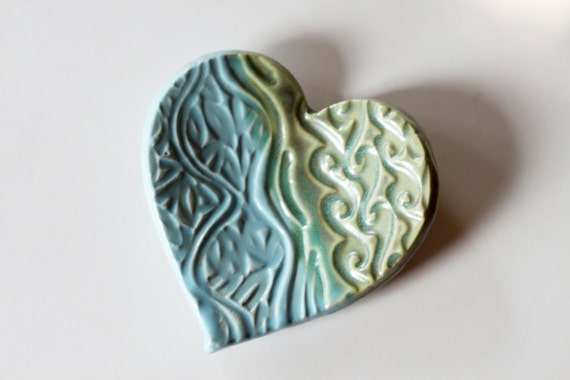 One Ceramic Heart for Ring Catcher