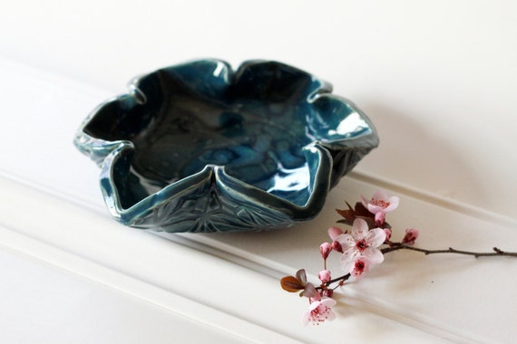 Pinwheel Pottery Dish // One Ruffle Dish // Great for Dips or Candy