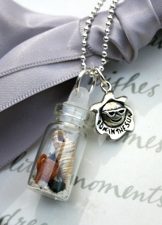 Shell Glass Vial Necklace Beachcombing Fun in the Sun