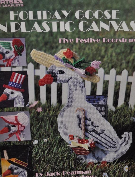 Holiday Goose Doorstops in Plastic Canvas