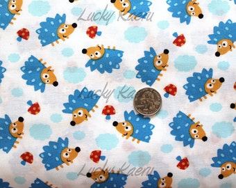 Timeless Treasures Cute Tossed Hedgehogs White Fabric - Half Yard