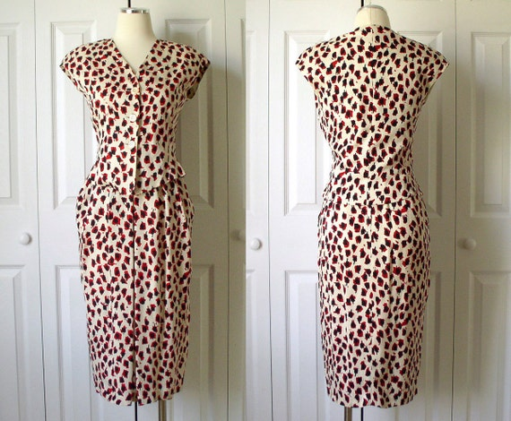 Vintage 1980s Chic Red and Black Leopard Print on Champagne Silk 2 Piece Dress Size 4