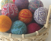 Pattern for DIY Wool Dryer Balls (Pictures and Instructions, Digital PDF)