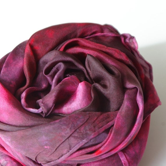Waldorf Playsilk : Heart of Rose Red (35 inch Hand Dyed Playsilk )