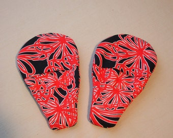 Magnetic Pot Holders Red and Black