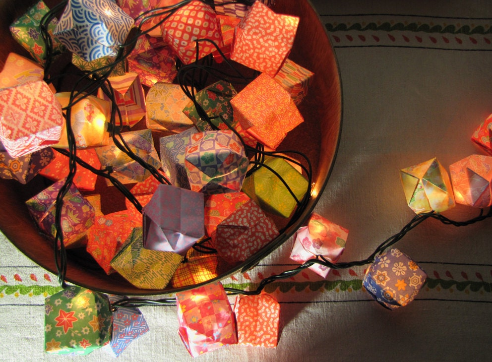origami lanterns 100 handmade paper lanterns by woodsmokeandwool. Black Bedroom Furniture Sets. Home Design Ideas