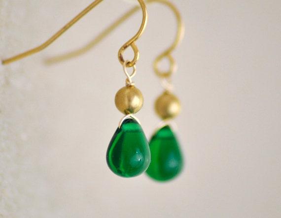Verdigris - emerald green and gold teardrop earrings - simple delicate jewelry