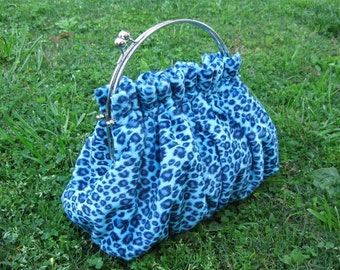Purse  in Turquoise Leopard Print Fur with 8 Inch Frame