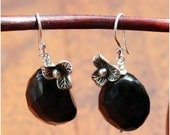 Black beauty earring
