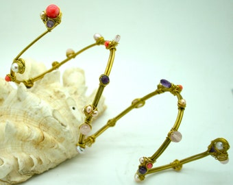 Coral armlet