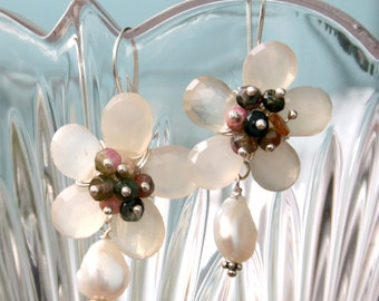 Moonstone flower earring