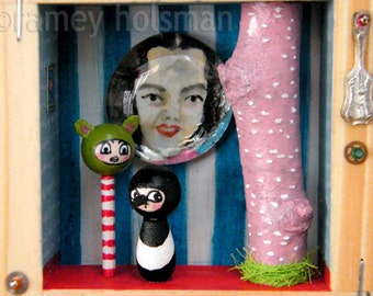 ORIGINAL MIXED MEDIA Shadow Box Diorama xxx Have You a Message for Me Magpie?