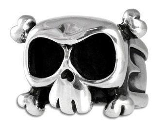 Skull ring 'Louie'  for men in sterling silver - rock star ring