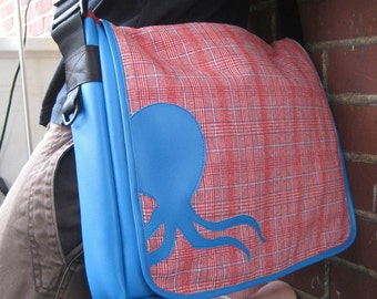 oops! sale .. Classic Messenger Sea Creature