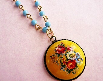 Vintage Yellow Floral Cabochon