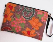 eReader Nook Color Case / Kindle / Kindle Fire Cover / Paperwhite Padded eReader bag / WASHABLE  Pink and Grow Rich Fabric