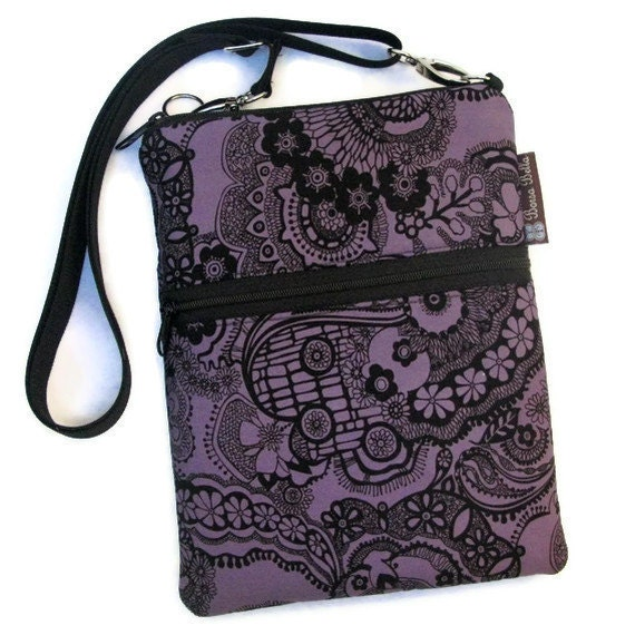 Kindle 4 Case / Kindle Fire Cover / Kindle Touch Bag / Nook Bag / Padded eReader Case / TRAVEL BAG  fits WITH Cover- Sasnah Fabric
