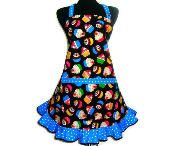 Cupcake Apron / Retro Hostess Style Apron with Ruffle