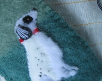 English Setter Dog Eyeglass / Sunglasses Case, Vintage Wool