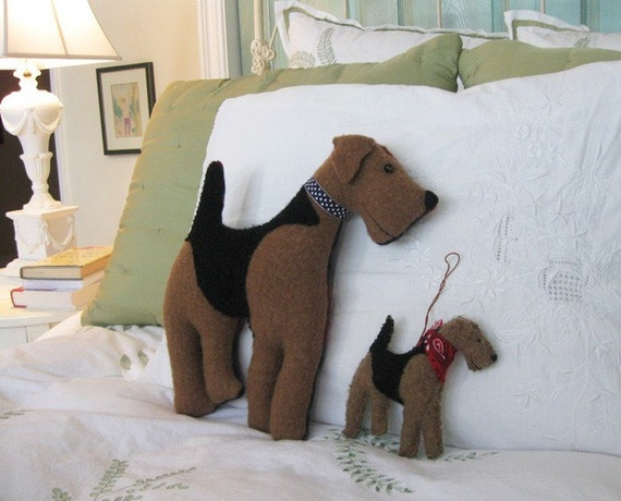 Airedale Dog Friend Pillow - Vintage Wool - 14 inch